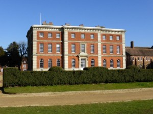 Radley Hall erected from 1721 by Townesend and Peisley of Oxford for Sir John Stonhouse